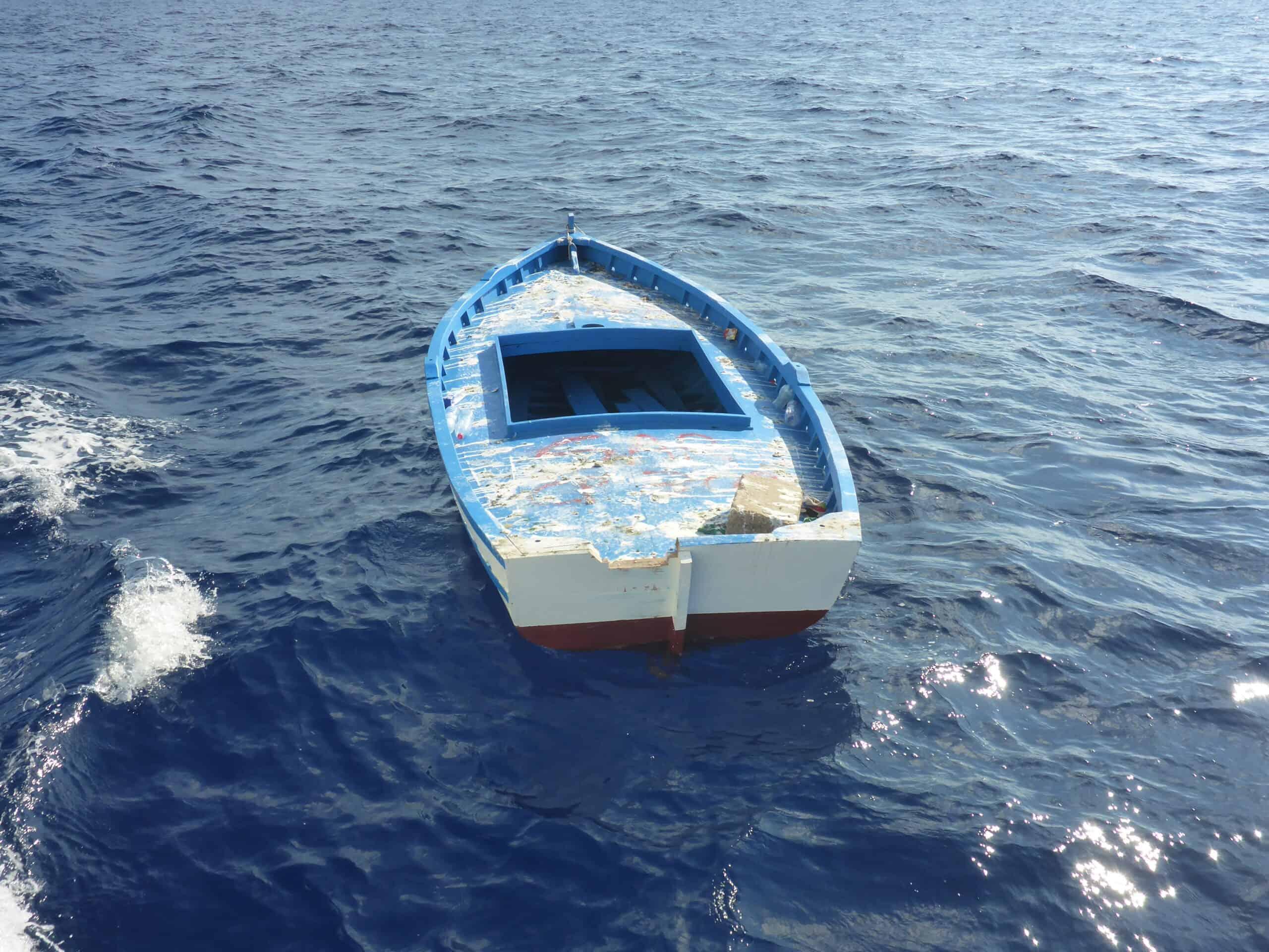 Leeres Holzboot
