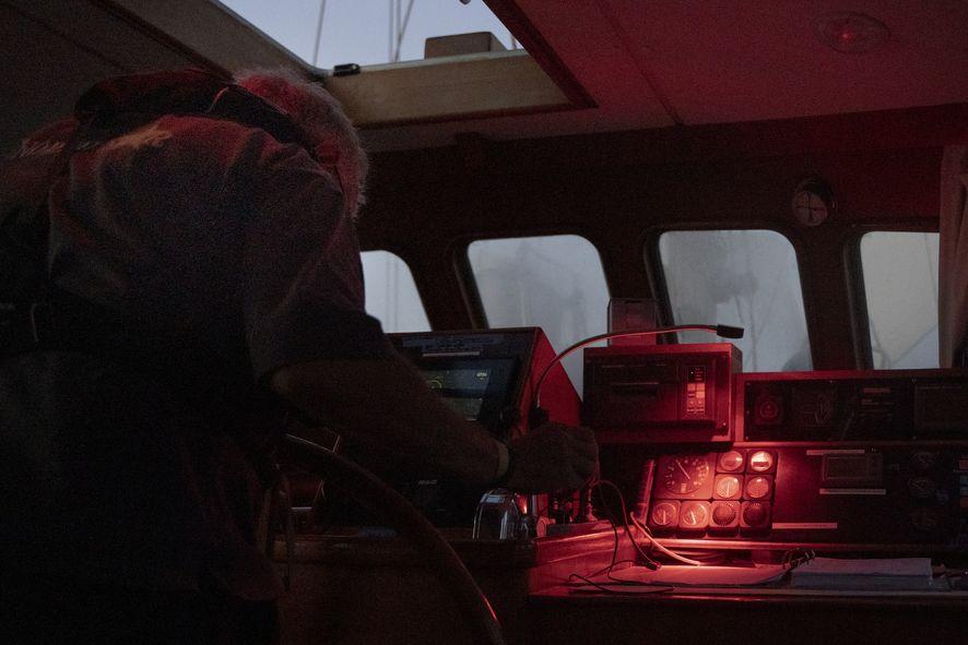Skipper_Nachschicht_Kartentisch