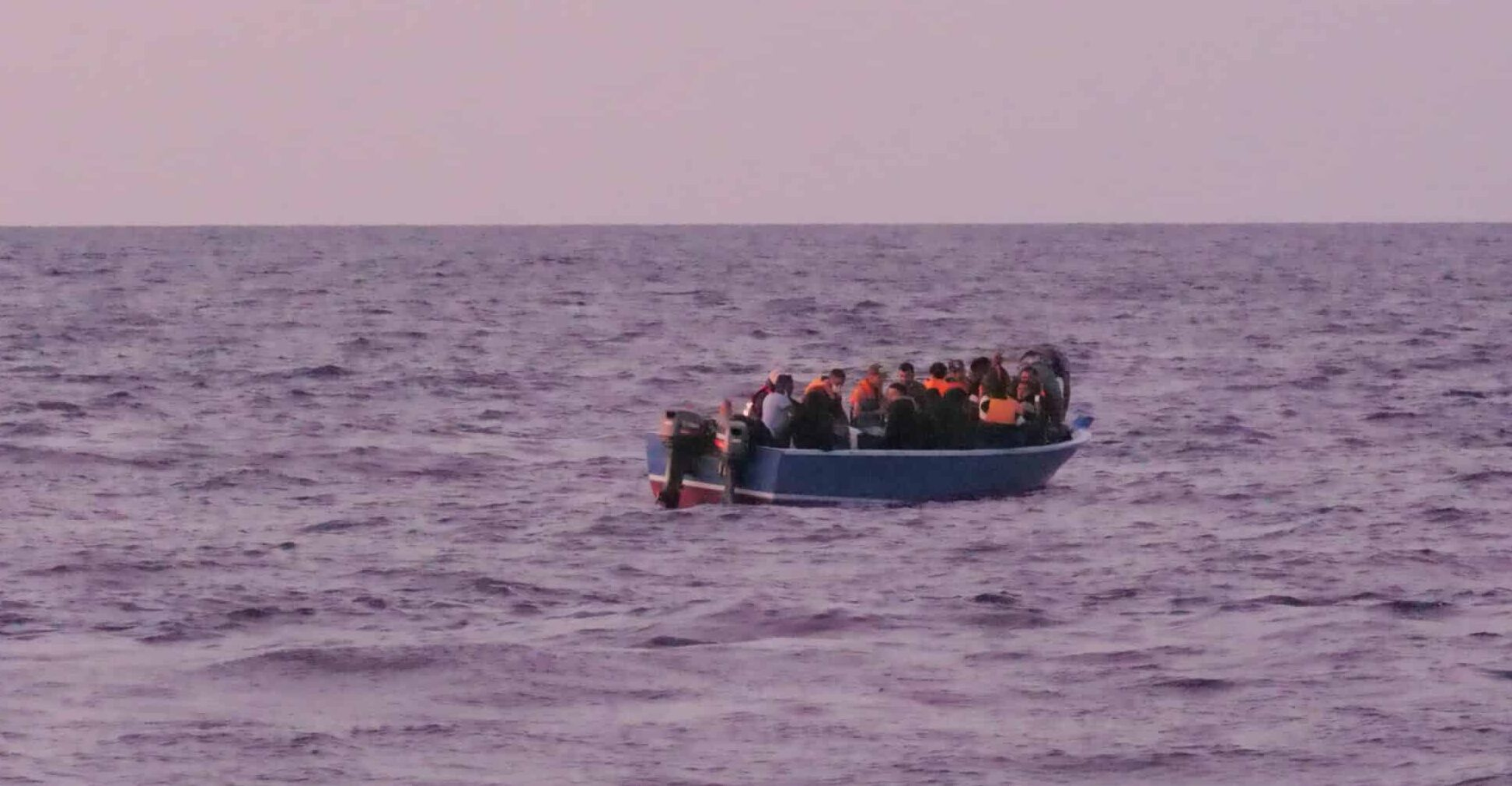 27 Menschen in Seenot